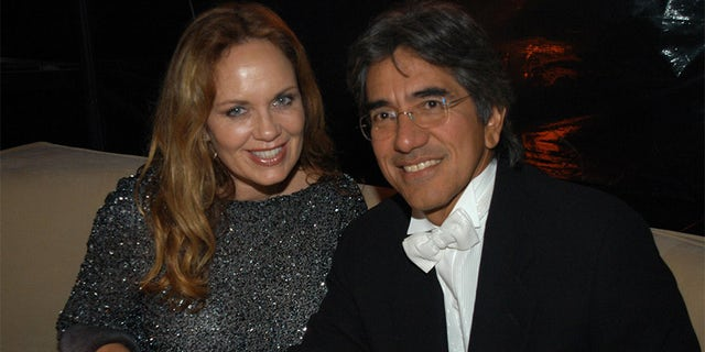 Catherine Bach and husband Peter Lopez during a Golden Globes party in 2003. (Photo by Jeff Kravitz/FilmMagic)