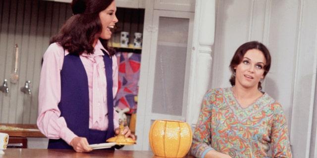 Mary Tyler Moore and Valerie Harper on the set of The Mary Tyler Moore Show. (Getty Images)