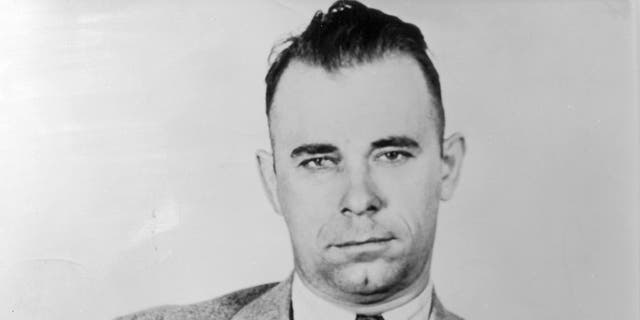 Body of notorious bank robber John Dillinger to be exhumed