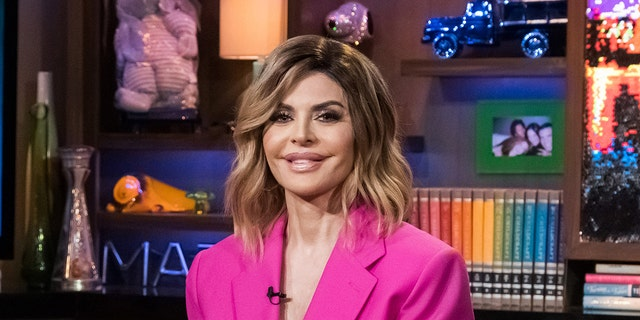 WATCH WHAT HAPPENS LIVE WITH ANDY COHEN -- Pictured: Lisa Rinna -- (Photo by: Charles Sykes/Bravo/NBCU Photo Bank via Getty Images)