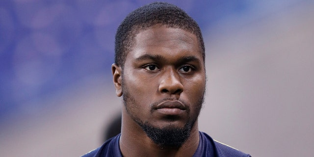 Video surfaces of clash between police and former Seahawk Malik McDowell