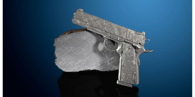 One of the pistols fashioned from meteorite. (Heritage Auctions)