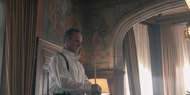 "The Handmaid's Tale -- ""Household"" - Episode 306 -- June accompanies the Waterfords to Washington D.C., where a powerful family offers a glimpse of the future of Gilead. June makes an important connection as she attempts to protect Nichole. Winslow (Christopher Meloni), shown. (Photo by Jasper Savage/Hulu)"