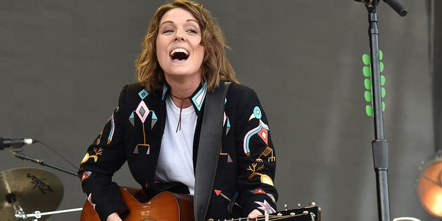 Brandi Carlile will perform at the Super Bowl afterparty hosted by Verizon.
