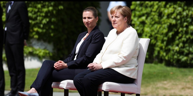 Onlookers attributed the unusual arrangement to a series of similar scenarios in which Merkel was seen shaking, raising questions over the state of her health.