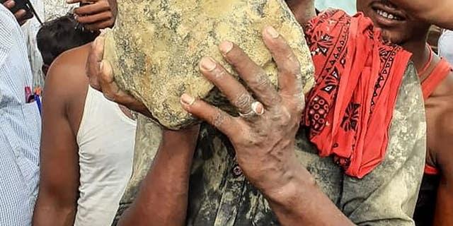 Suspected Meteorite Lands in Rice Field in India