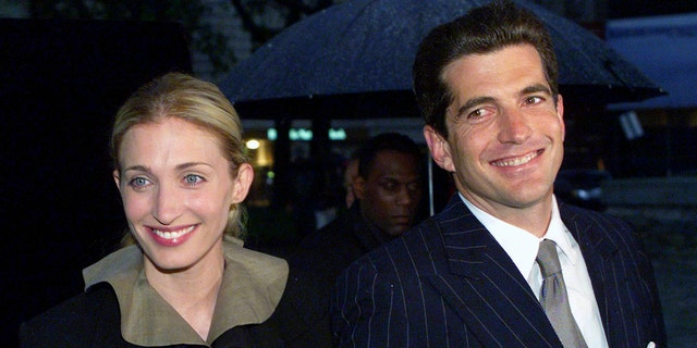 John F. Kennedy Jr. and his wife Carolyn arrive for a gala awards dinner in New York, in this May 19, 1999 file photo. — Reuters