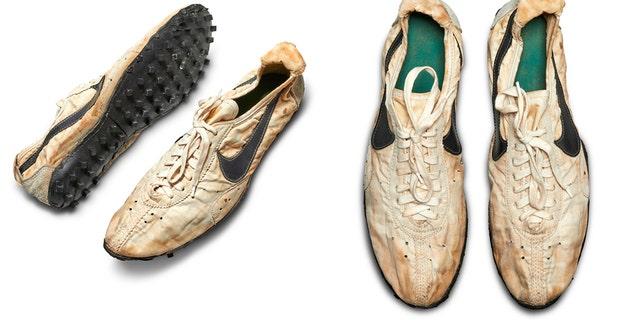 fuga de la prisión Presa suelo  Rare 1972 Nike Olympic running shoes set record at more than $437,000 | Fox  News