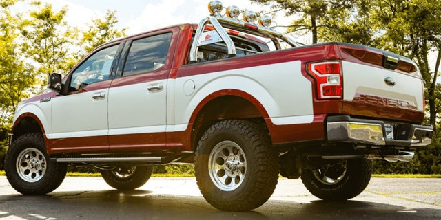 Westlake Legal Group retro-2 Ford dealer's retro package adds 1970s style to the F-150 pickup Gary Gastelu fox-news/auto/style/pickups fox-news/auto/attributes/custom fox news fnc/auto fnc article 18442003-f411-522e-8720-b3bcb15d75ff