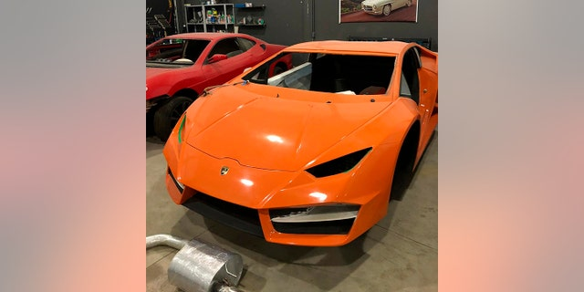 Westlake Legal Group sham-5 Cops shut down fake Ferrari and sham Lamborghini business in Brazil Gary Gastelu fox-news/auto/make/lamborghini fox-news/auto/make/ferrari fox-news/auto/attributes/performance fox-news/auto/attributes/custom fox news fnc/auto fnc article 1b5ab045-3e3e-5194-960d-d87bd375232a