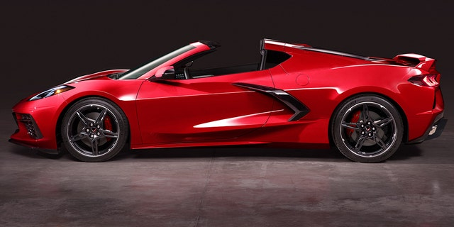 2020 Chevrolet Corvette revealed with mid-engine design ...