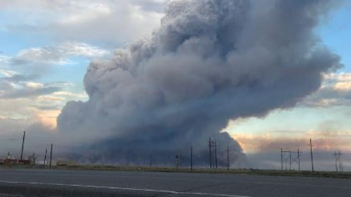 Fire near Idaho's nuclear research facility prompts evacuation