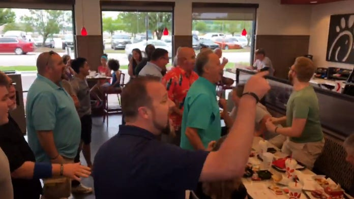 Worship group stops at Chick-fil-A, busts out viral rendition of 'Lean on Me'