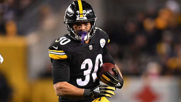 Pittsburgh Steelers' James Conner reveals he had week to live before cancer diagnosis