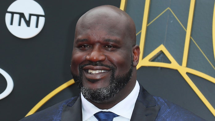 Shaquille O'Neal gets rowdy in mosh pit at Tomorrowland music festival