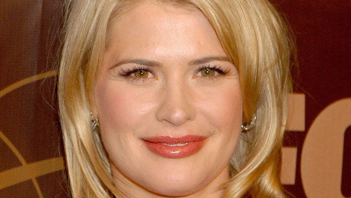 'Buffy' actress Kristy Swanson defends Trump, accuses Squad-backing liberals of hypocrisy