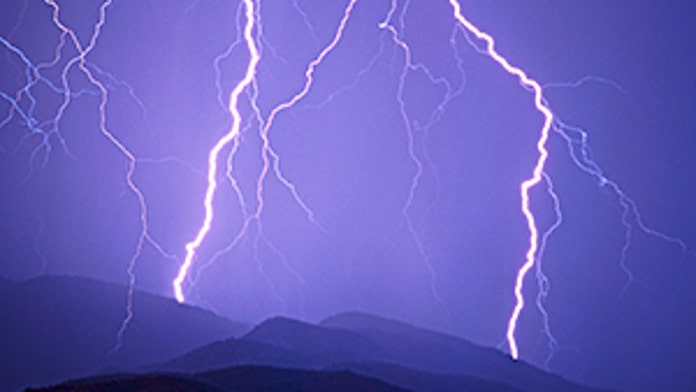 Lightning strike kills Colorado hiker, 36, injuries wife: police