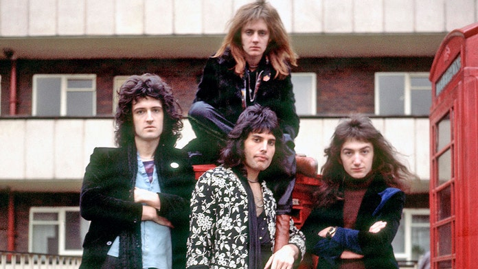 Queen's 'Bohemian Rhapsody' becomes oldest music video to break 1 billion views on YouTube