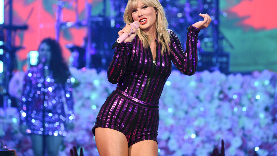 Taylor Swift To Perform At Mtv Video Music Awards Fox News