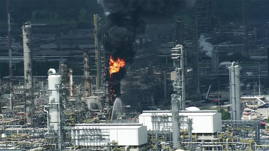 Explosion, fire injure 37 at Houston-area ExxonMobil