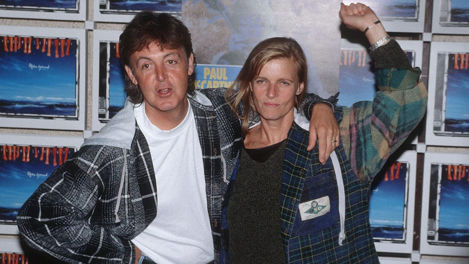 Paul McCartney reveals he cried for a year after wife Lindas death: It seemed the only thing to do