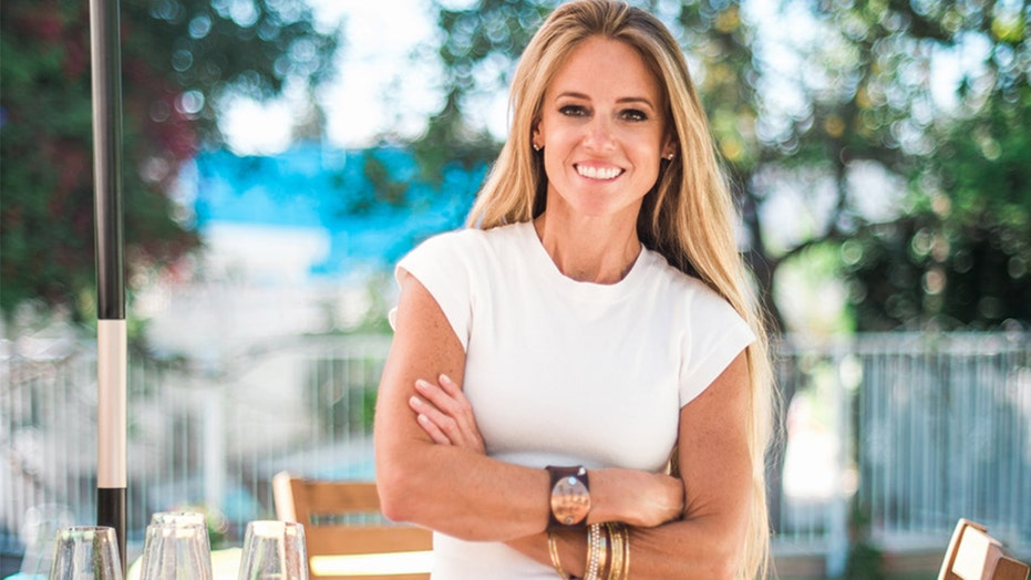 Rehab Addict Star Nicole Curtis Goes Instagram Official With New Boyfriend My Man With The Beard Fox News