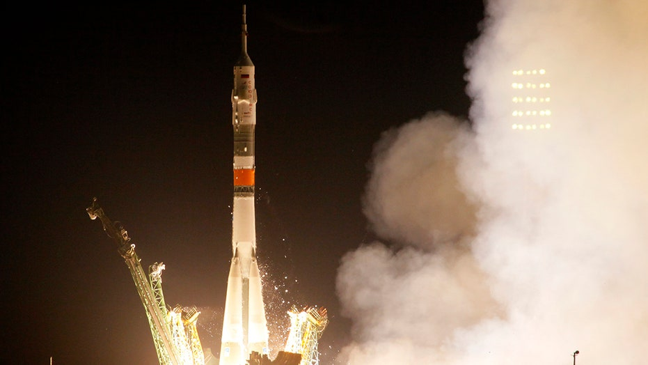 Soyuz rocket heads to International Space Station
