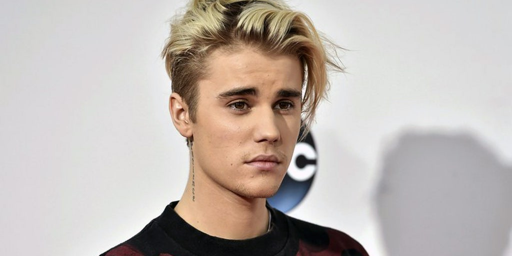 Justin Bieber Leads Worship Shares Vulnerable Testimony At La Church Fox News