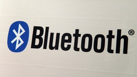 Turn off your Bluetooth, warn security experts