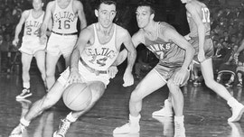NBA legend Bob Cousy gets Medal of Freedom, and offers an assist to President Trump