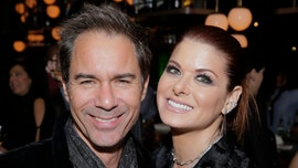 Debra Messing joins 'Will & Grace' co-star, calls for Trump supporters in Hollywood to be outed