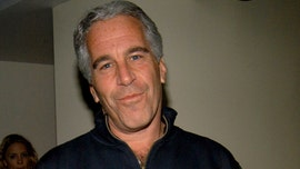 Jeffrey Epstein signed will 2 days before suicide, report says