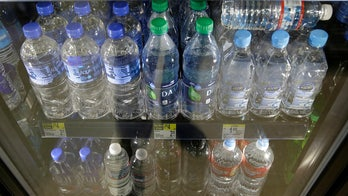 San Francisco airport to prohibit sale of single-use plastic water bottles