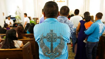 More than 30 members of clergy, religious activists sign letter declaring their churches immigrant 'sanctuaries': report