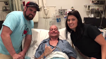 Arizona man tells of surviving rare liver disease, double-lung transplant
