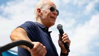 David Axelrod: Joe Biden is 'kind of Mr. Magoo-ing' his way through 2020 debates