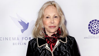 Faye Dunaway reportedly berated gay staff member at play she was fired from