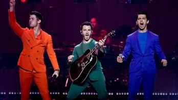 Fans keep singing after Jonas Brothers cut Toronto concert short