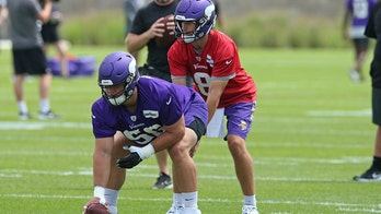 Minnesota Vikings' Kirk Cousins expresses concerns over rookie offensive lineman's sweat