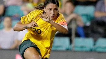 Australian men, women soccer players close gender pay gap