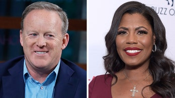 Omarosa predicts Trump will 'insert himself' to help Sean Spicer win 'Dancing With the Stars'