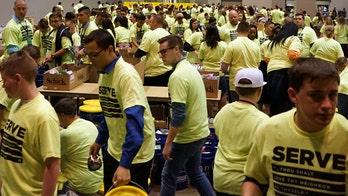 Over 36,000 Christian students help serve disaster victims at youth conference