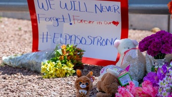 Illinois man travels to El Paso and Dayton to make crosses for shooting victims