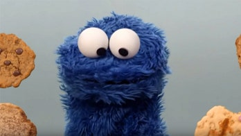 Oregon man steals cookies while wearing Cookie Monster shirt, police say