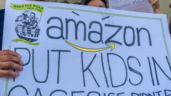 #JewsAgainstICE protest Amazon's role in 'profiting off cruelty,' dozens arrested