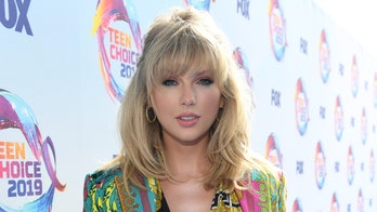 Taylor Swift cancels Melbourne Cup concert after criticism from animal rights activists