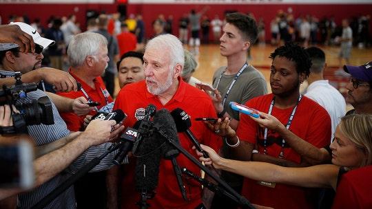 Team USA basketball coach Gregg Popovich praises Colin Kaepernick's patriotism