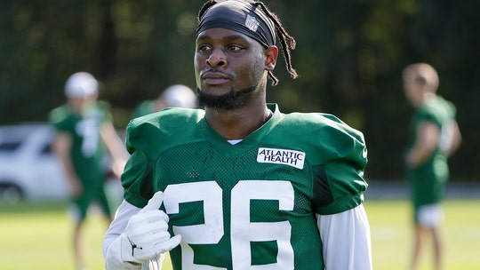 Jets' Bell eager for contact, wants teammates to hit him