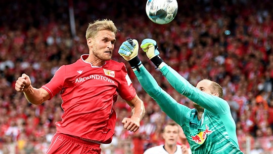 Silent start in Bundesliga for Union Berlin ends in 4-0 loss