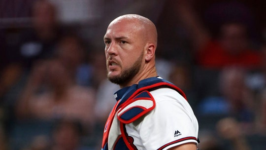 Atlanta Braves' Tyler Flowers bloodied after getting hit in head with Pete Alonso's bat